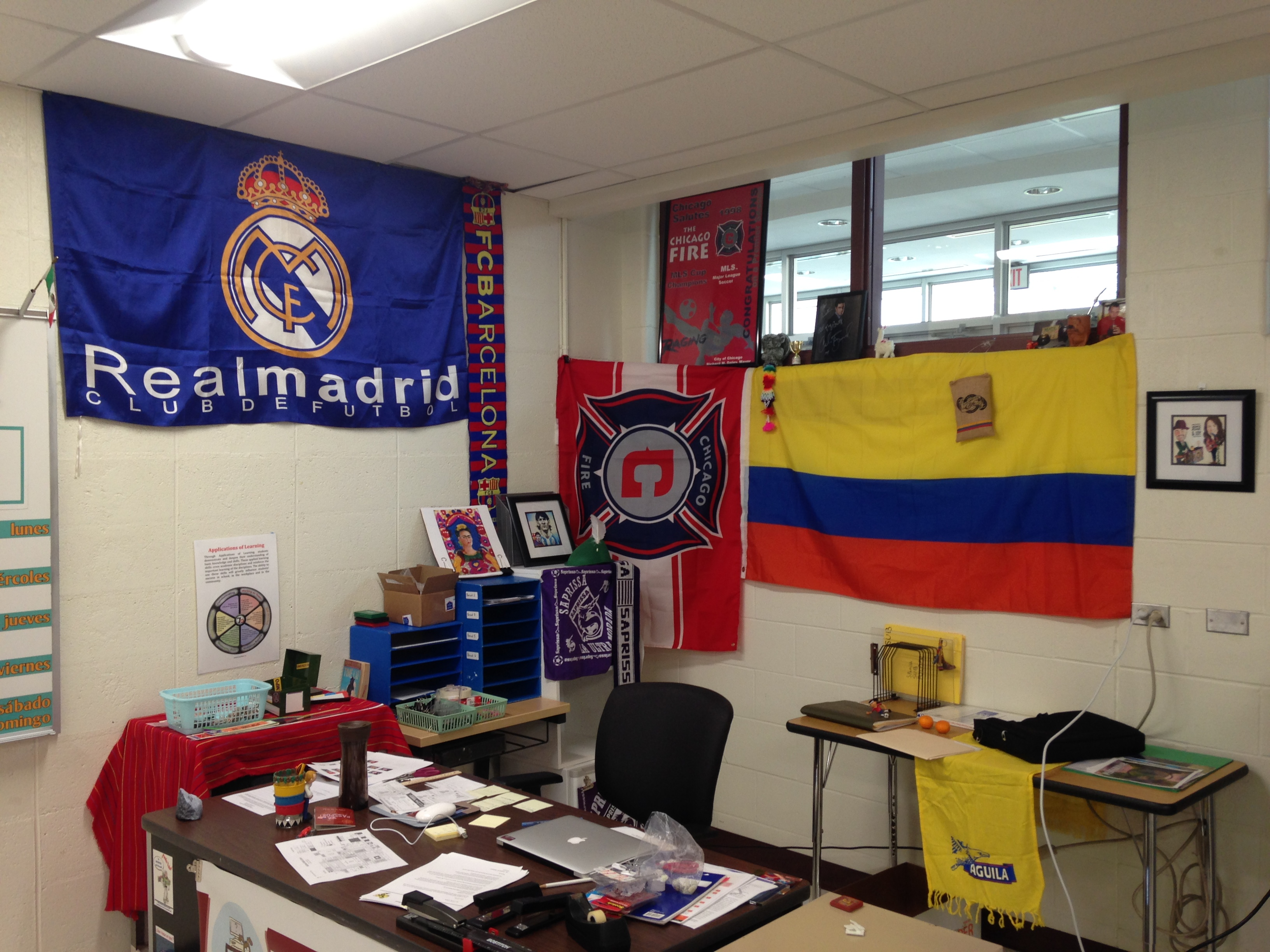 Spanish Classroom Decorations High School ~ Spanish classroom tour spanishplans
