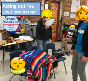 Students acting out story of No Voy a Levantarme